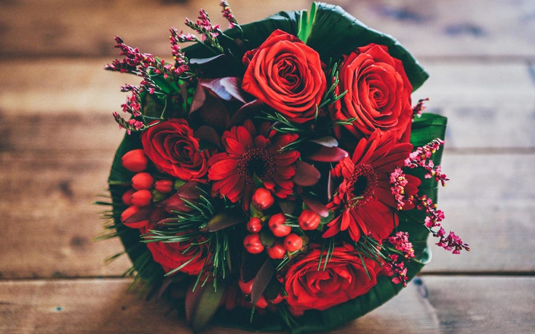 Bouquet rosso, rose, margherite, San Valentino 2018